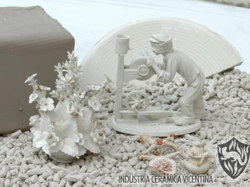 Esempi di produzione impasti ceramici: porcellana.